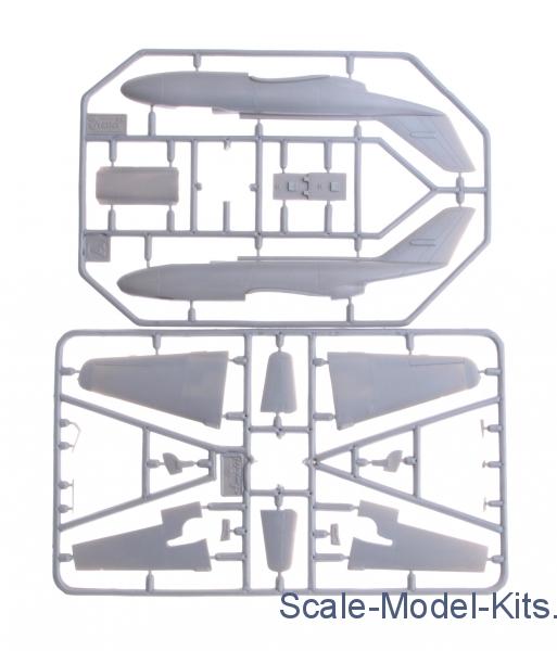 Amodel 1//72 Yakovlev Yak-32 /'Mantis/' # 72232