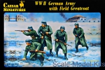 CMH069 WWII German Army with Field Greatcoat