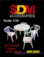 DAN-SDM35001 Accessories for diorama. Table and chairs