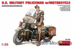MA35168 U.S.Millitary policeman with motorcycle