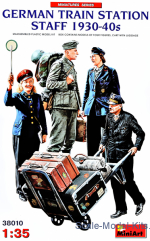 German Train Station Staff (1930-40s)