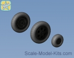 NS48122-a Wheels set for Focke-Wulf 190 A/F/G early (with hole) disk with early main tire (tread)