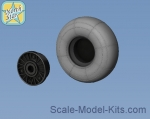 NS48123-a Wheels set for Focke-Wulf 190 A/F/G early main disk (with hole) with late (smooth)