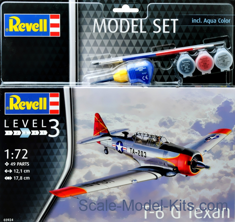 "Model Set - T-6G ""Texan"""